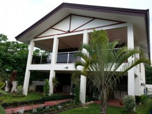Angol House
